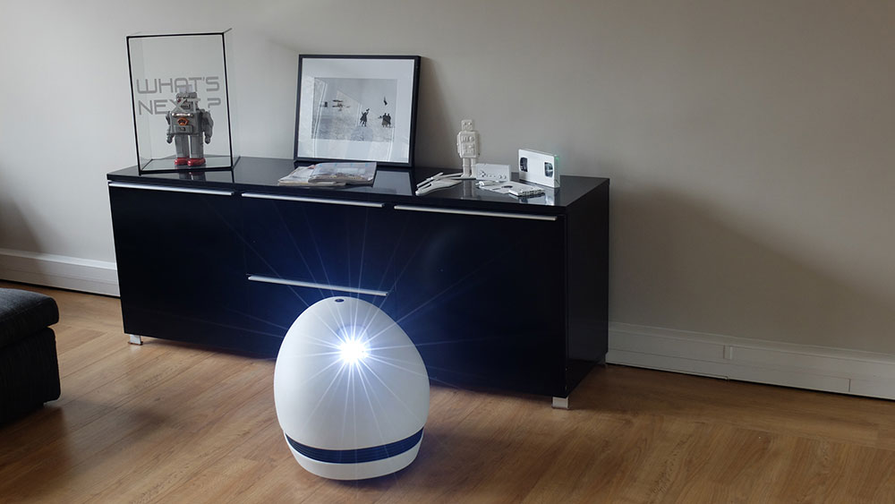 Keecker le robot domestique intelligent smart attacks - Les robots domestiques ...